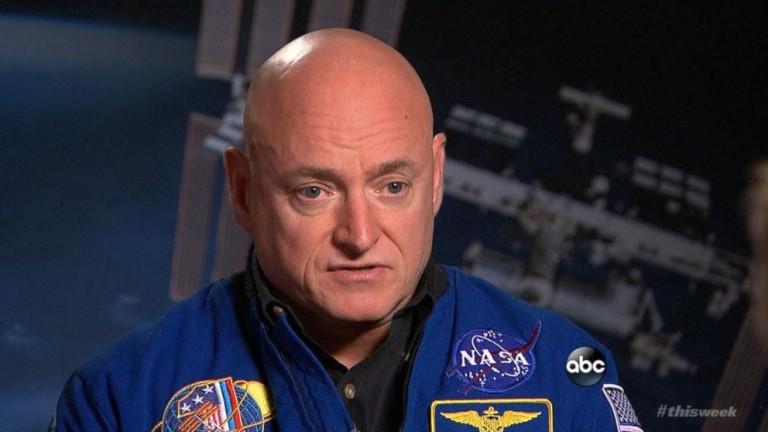 Astronauta da NASA Scott Kelly Finalmente Admite a Existência de Aliens em Entrevista?