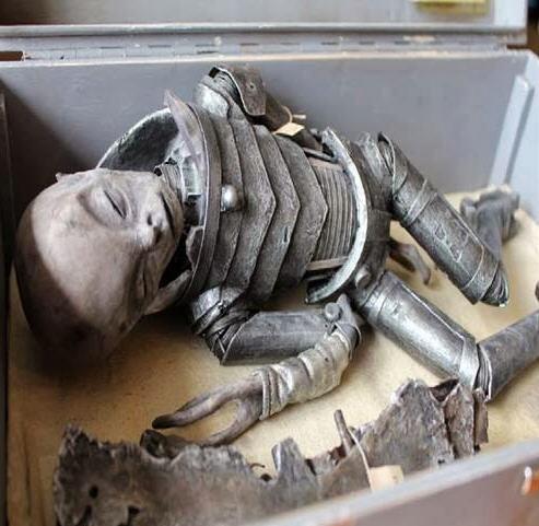 Alienígena na caixa 24 - outromundo.net