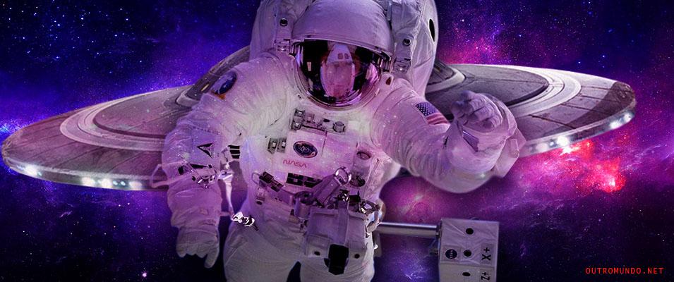 Astronauta tenta esconder OVNIs com a mão durante transmissão ao vivo
