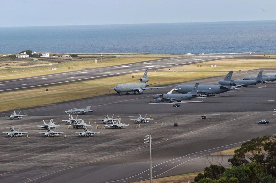 Documento do exército norte-americano sobre um OVNI na Base aérea das Lajes em Portugal